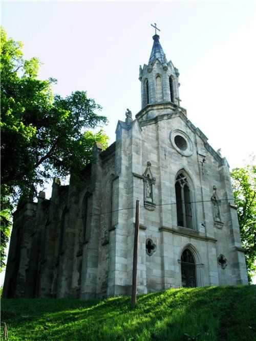 Трагічна доля Петропавлівського костелу