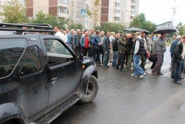 Власники гаражів у Тернополі обіцяють пікетувати не лише міську, а й Верховну Раду (ВІДЕО)