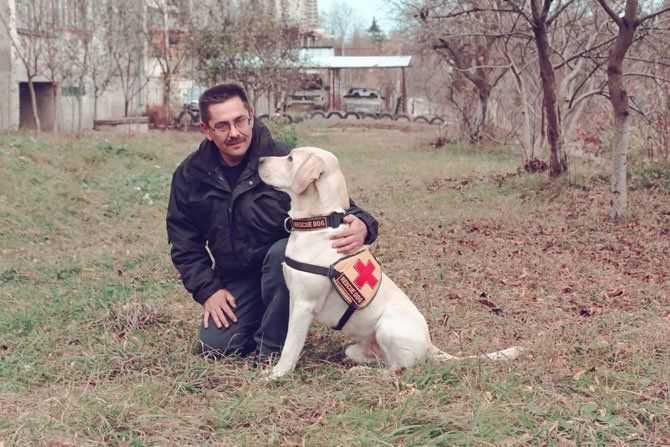 Собака-рятувальник Бім, Руслан Небесний