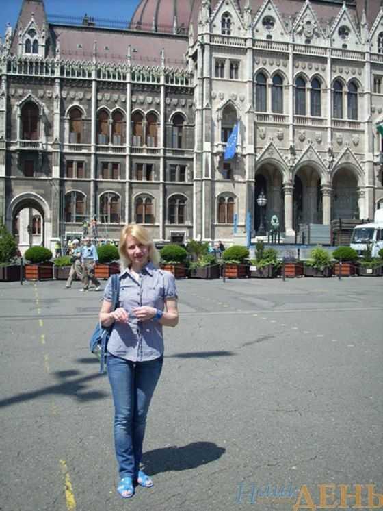 В угорському парламенті навіть турист може себе відчути трішки депутатом