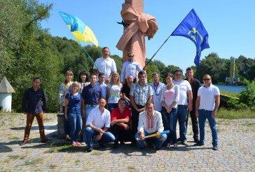 На Тернопільщині в День прапора освятили 60 синьо-жовтих стягів