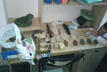 У Тернополі затримали двох чоловіків із зони АТО з сумками боєприпасів