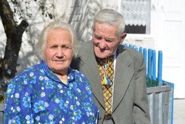 Кохання довжиною у 65 років: тернопільське подружжя відсвяткувало залізне весілля
