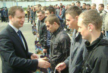 На строкову службу з Тернопільщини відправили понад сто юнаків