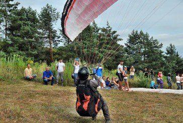На «Соколину гору» – за небом і емоціями: на Тернопіллі відкрили перший в Україні офіційний парадром (ФОТО, ВІДЕО)