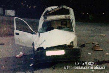 Жахлива аварія на Тернопільщині: водій у реанімації – пасажирка загинула (ФОТО)