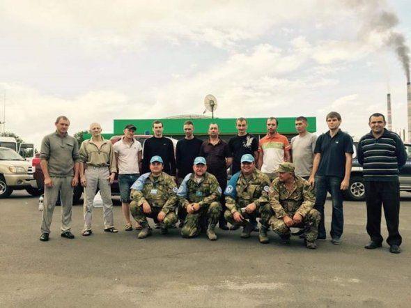 Опубліковано фото звільнених з полону українців