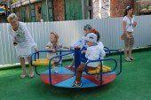 На парафії УГКЦ Тернополя відкрили дитячий майданчик (ФОТО)