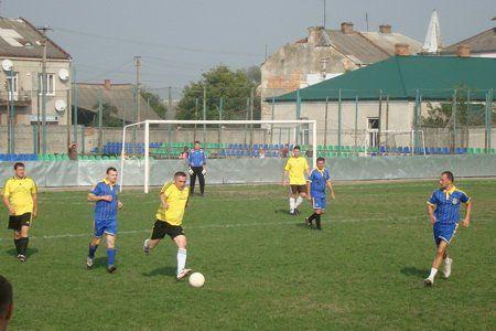 Священики Тернопільсько-Зборівської архиєпархії та Стрийської єпархії грали у футбол (ФОТО)
