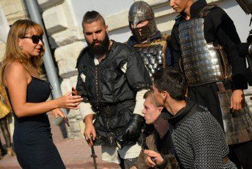 Живі скульптури, лицарські бої і виступи зірок – у Збаразькому замку (ФОТО)