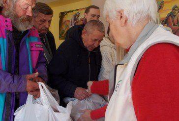 Потребуючі та переселенці отримали від тернопільського «Карітаса» дари осені (ФОТО, ВІДЕО)