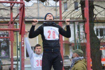 Як у Тернополі здають фізичну підготовку кандидати у поліцейські (ФОТО)