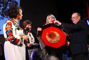 Відомого тернопільського фітотерапевта Марію Тройчак нагородили «Золотою пектораллю»