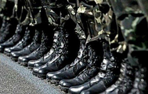Повісток на Тернопільщині наразі не вручають, але в армію кличуть