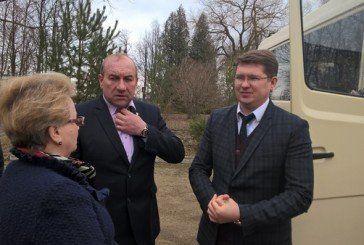 Млиновецьким школярам Зборівського району подарували автобус (ФОТО)