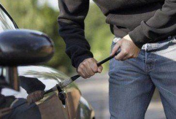 У Тернополі злодії продовжують масово обкрадати автомобілі