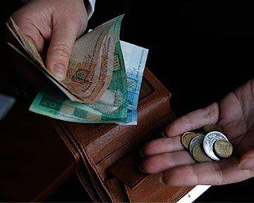 Роботодавці Тернопільщини й далі «приваблюють» працівників мінімалкою