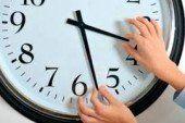 Не забудьте перевести годинники на «літній час»