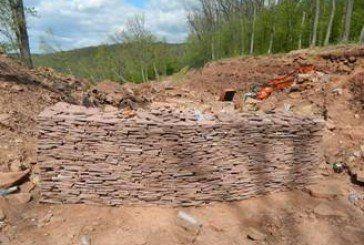 На території «Дністровського каньйону» копачі-нелегали розрили 1,5 гектара заповідних земель задля видобутку каменю (ФОТО)