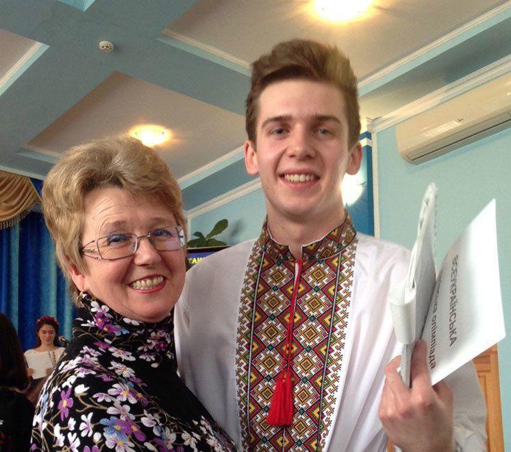Одинадцятикласник із Шумська Юрій Бондарчук завдяки своїм знанням рік здобував освіту  у США