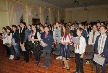 Тернопільські школярі молилися Хресну дорогу англійською мовою (ФОТО)