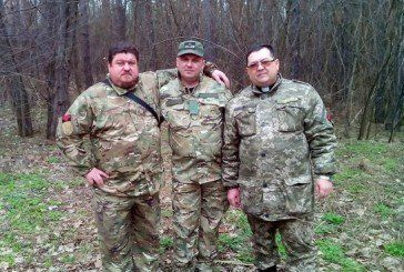 Священики та парафіяни Тернопільщини і Хмельниччини пожертвували на потреби армії буса (ФОТО)