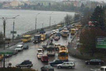 У Тернополі через ремонт біля дамби частково перекриють рух на вулиці Руській