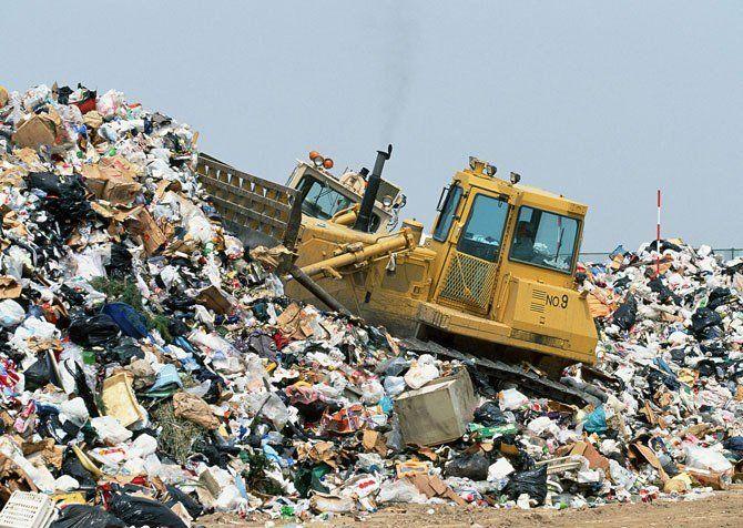 На одного українця припадає 300 тонн відходів: як забруднюють країну (інфографіка)
