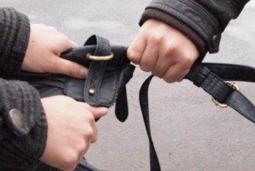 Будьте обережні! На Привокзальному майдані промишляють грабіжники
