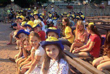 У Зарваниці на Тернопільщині проходить літній табір для дітей воїнів АТО і переселенців зі Сходу (ФОТО)