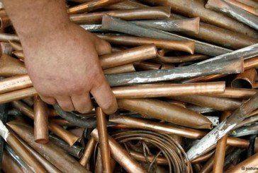 Юні шукачі брухту «демонтувати» 70 кілограмів металевих виробів Бучацького цукрового заводу