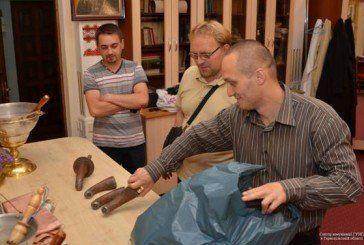 Безбожники викрали крани для води з бювету біля Катедри в Тернополі і здали на металобрухт. Поліцейські церковне майно повернули (ФОТО)