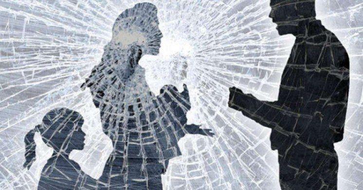 Як діяти людям, які постраждали від домашнього насильства?