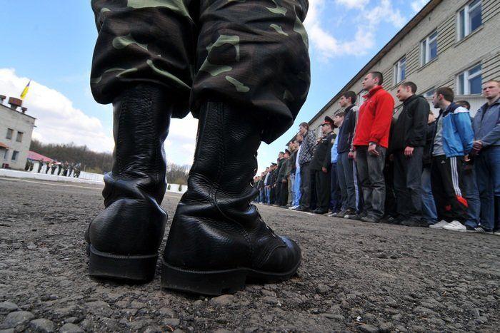 Міноборони планує скасувати військовий призов