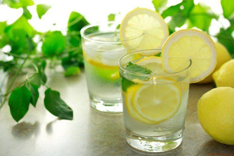 Очистити печінку допоможе лимонний сік