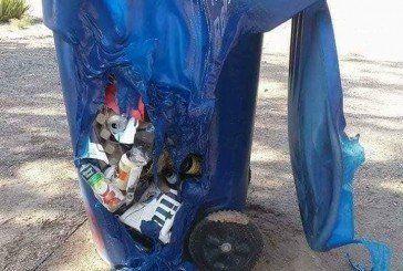 В Арізоні від спеки плавляться сміттєві баки