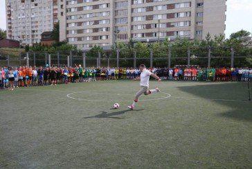 На базі Тернопільського економічного університету команди з 23 областей України змагаються у турнірі з міні-футболу (ФОТО)