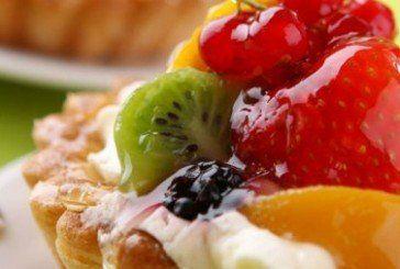 Літо: їмо легкі фруктові десерти