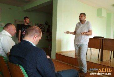 Радикальний нардеп Ігор Мосійчук заявив у Тернополі, що пенсійна реформа –це справжній геноцид для людей (ФОТО)