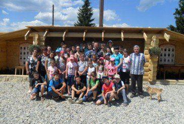 У селі Звиняч на Тернопільщині місцевий парох вже кілька років організовує цікаві екскурсії для дітей (ФОТО)