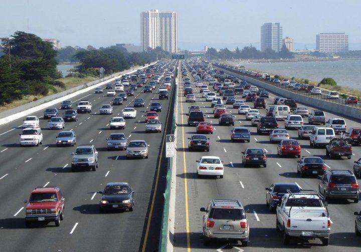 У США заборонили їздити надто повільно