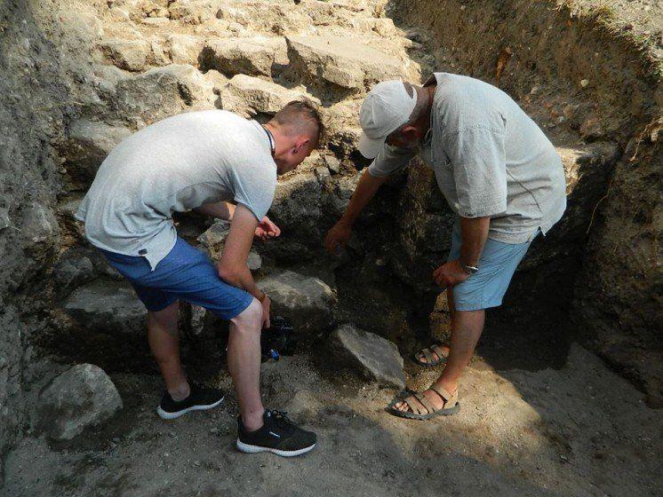У Тернополі знайшли оборонну стіну ХVI століття (ФОТО)