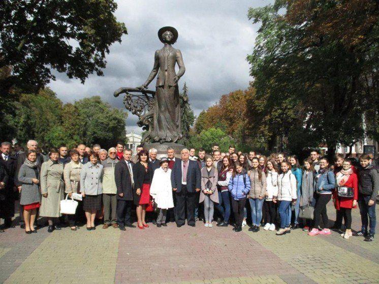 У Тернополі вшанували славетну землячку, всесвітньовідому Соломію Крушельницьку (ФОТО)
