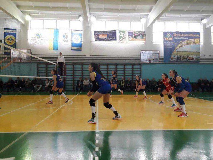 Волейбольна команда «Галичанка-ТНЕУ-ГАДЗ» заслуговує на похвалу (ФОТО)