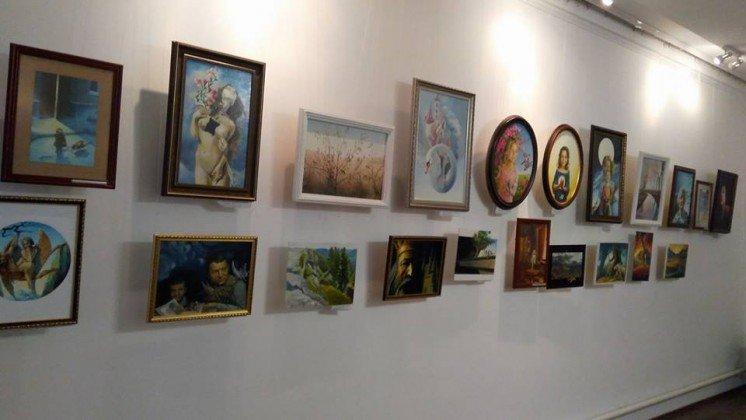Кременецький краєзнавчий музей запрошує на виставку «Життя в мистецтві» (ФОТО)