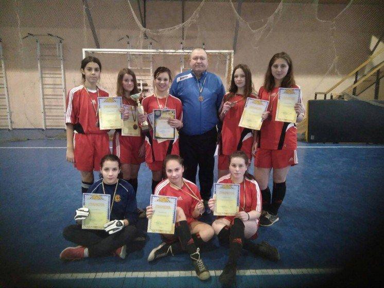 Юні футболістки з Шумська – у трійці призерів (ФОТО)