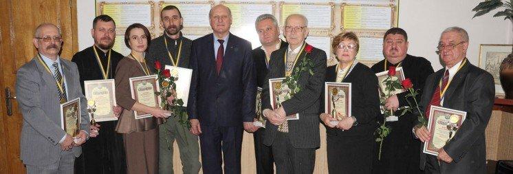 «Я хотів би, щоб мене нагороджували не через війну…»: у Тернополі відзначили «Людей року-2017»