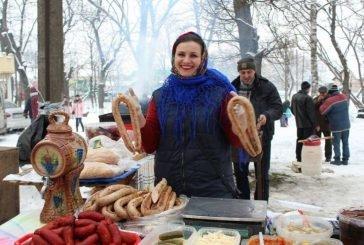 Бережанці весело прощалися із зимою: колоритне свято організували у старовинному місті (ФОТОРЕПОРТАЖ)
