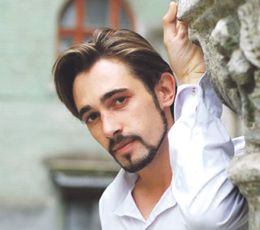 Тернопільський актор Євген Лацік: «Я сам собі кат!»