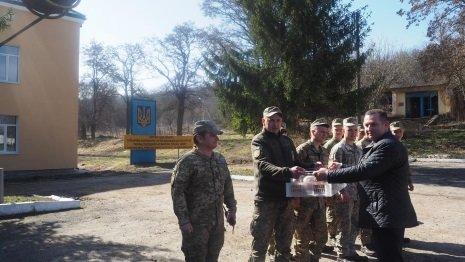 Військовослужбовці з Теребовлі отримали великодні смаколики (ФОТО)